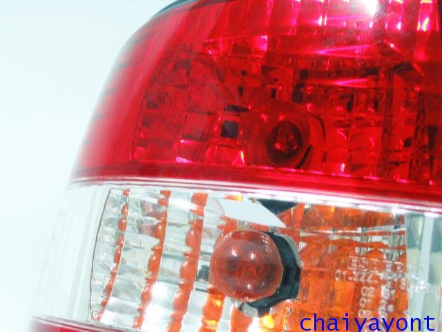 ชุดแต่งไฟท้ายเพชร คริสตัลใส ขาว-แดง ด้านซ้าย รถบีเอ็มดับบลิว BMW E34 518i 520i 525i 530i M43 M50 13