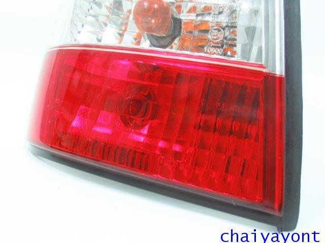 ชุดแต่งไฟท้ายเพชร คริสตัลใส ขาว-แดง ด้านซ้าย รถบีเอ็มดับบลิว BMW E34 518i 520i 525i 530i M43 M50 16