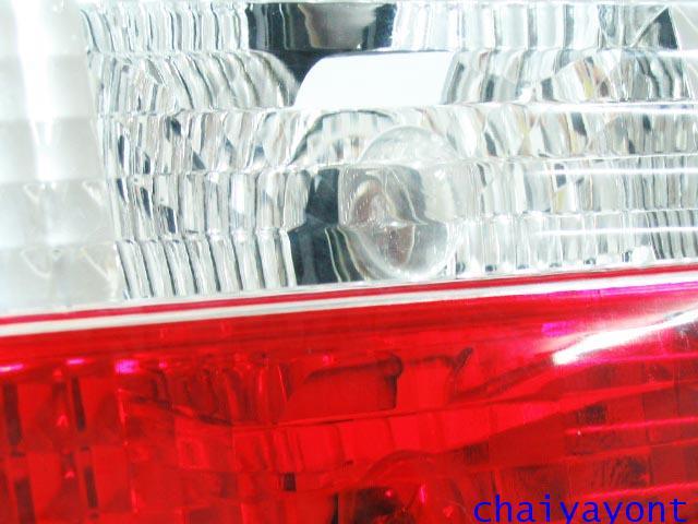 ชุดแต่งทับทิมไฟท้ายเพชร คริสตัล ขาว-แดง ด้านขวา รถบีเอ็มดับบลิว BMW E34 518i 520i 525i 530i M43 M50 6