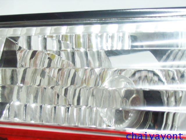 ชุดแต่งทับทิมไฟท้ายเพชร คริสตัล ขาว-แดง ด้านขวา รถบีเอ็มดับบลิว BMW E34 518i 520i 525i 530i M43 M50 7