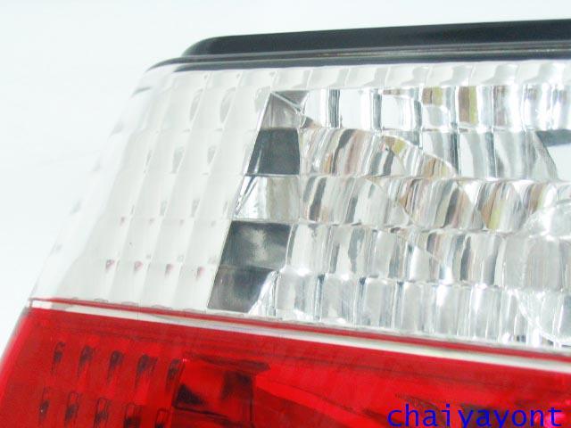 ชุดแต่งทับทิมไฟท้ายเพชร คริสตัล ขาว-แดง ด้านขวา รถบีเอ็มดับบลิว BMW E34 518i 520i 525i 530i M43 M50 17