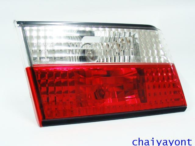 ชุดแต่งทับทิมไฟท้ายเพชร คริสตัล ขาว-แดง ด้านซ้าย รถบีเอ็มดับบลิว BMW E34 518i 520i 525i 530i M43 M50 1
