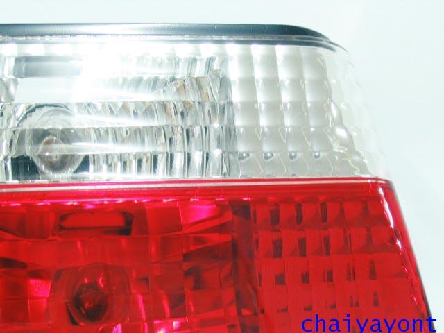 ชุดแต่งทับทิมไฟท้ายเพชร คริสตัล ขาว-แดง ด้านซ้าย รถบีเอ็มดับบลิว BMW E34 518i 520i 525i 530i M43 M50 4