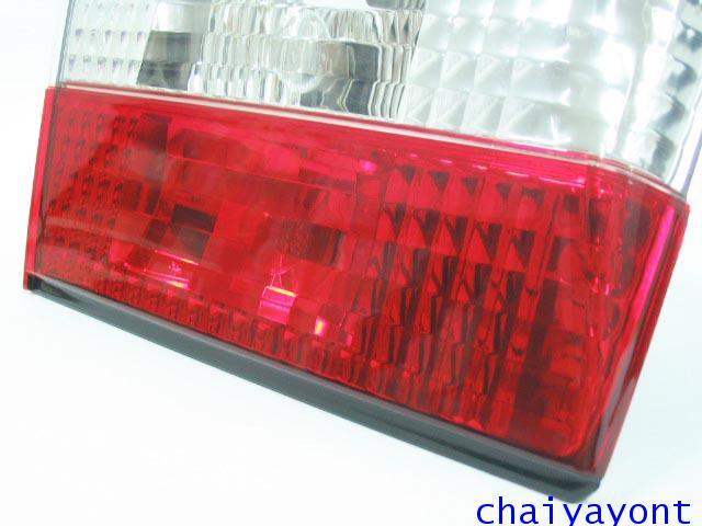 ชุดแต่งทับทิมไฟท้ายเพชร คริสตัล ขาว-แดง ด้านซ้าย รถบีเอ็มดับบลิว BMW E34 518i 520i 525i 530i M43 M50 9