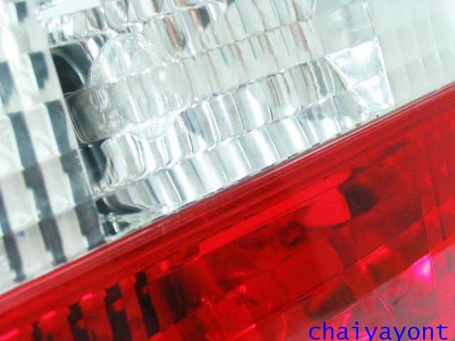 ชุดแต่งทับทิมไฟท้ายเพชร คริสตัล ขาว-แดง ด้านซ้าย รถบีเอ็มดับบลิว BMW E34 518i 520i 525i 530i M43 M50 20