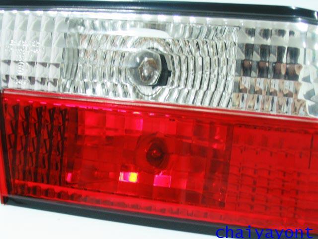 ชุดแต่งทับทิมไฟท้ายเพชร คริสตัล ขาว-แดง ด้านซ้าย รถบีเอ็มดับบลิว BMW E34 518i 520i 525i 530i M43 M50 21