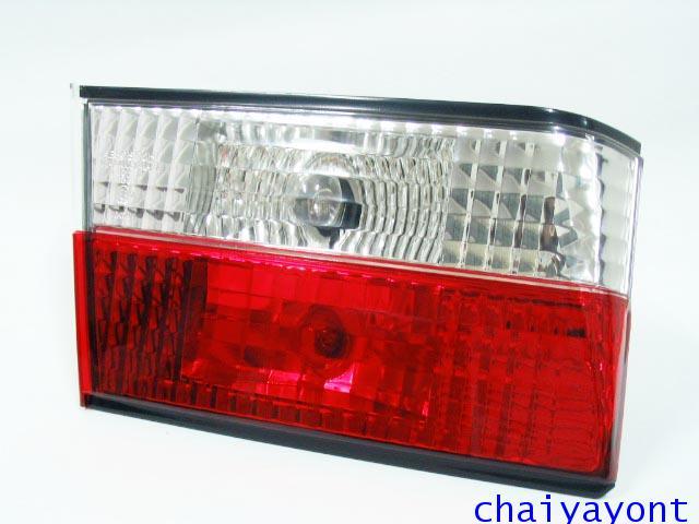 ชุดแต่งทับทิมไฟท้ายเพชร คริสตัล ขาว-แดง ด้านซ้าย รถบีเอ็มดับบลิว BMW E34 518i 520i 525i 530i M43 M50 12