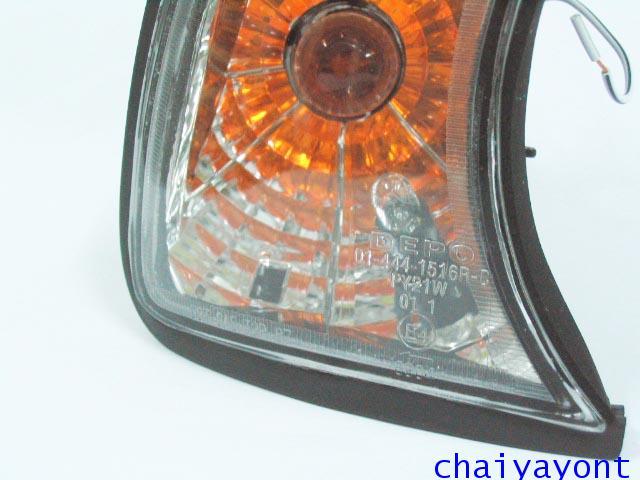 ประดับยนต์ชุดแต่งไฟเลี้ยวเพชร RH รถบีเอ็มดับบลิว BMW E34 518i 520i 525i 530i M43 M50 M5 Serires 5 16