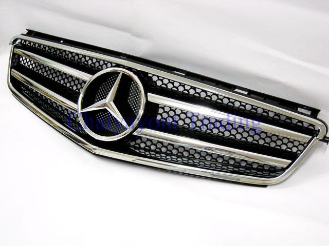 กระจังหน้าสปอร์ตสีดำรถเบนซ์ W204 รุ่น 4 ประตู Avantgarde C200 C220 C320 C180 C230 C250 C320 CDI