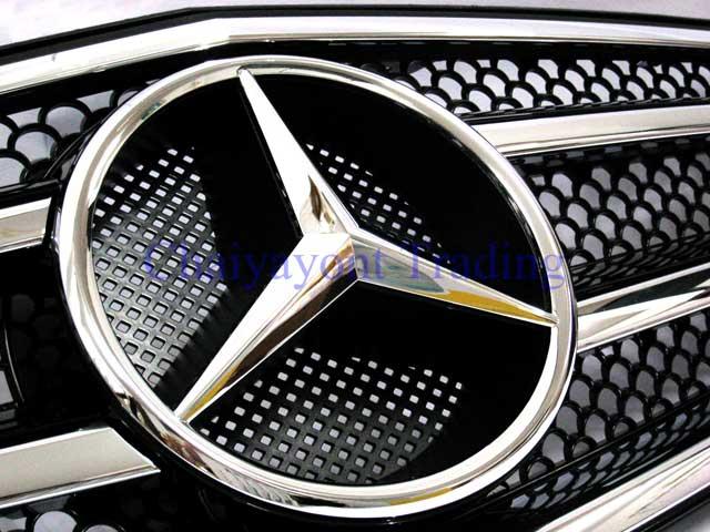 กระจังหน้าสปอร์ตสีดำรถเบนซ์ W204 รุ่น 4 ประตู Avantgarde C200 C220 C320 C180 C230 C250 C320 CDI 5