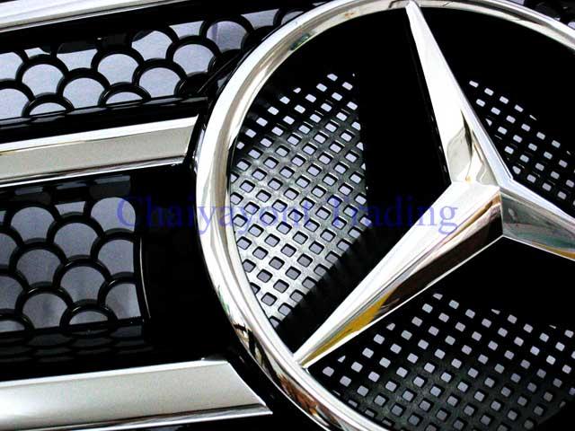 กระจังหน้าสปอร์ตสีดำรถเบนซ์ W204 รุ่น 4 ประตู Avantgarde C200 C220 C320 C180 C230 C250 C320 CDI 7