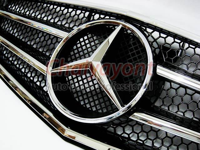 ประดับยนต์ชุดแต่งรถกระจังหน้าสปอร์ตสีดำรถเบนซ์ W204 รุ่น 4 ประตู Avantgarde C200 C220 C320 C180 C230 5