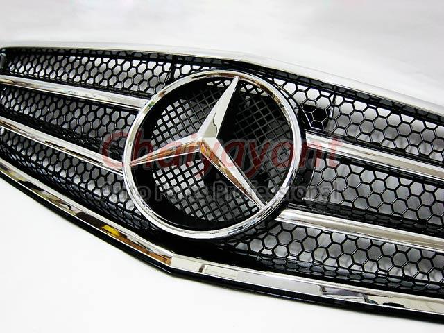 ประดับยนต์ชุดแต่งรถกระจังหน้าสปอร์ตสีดำรถเบนซ์ W204 รุ่น 4 ประตู Avantgarde C200 C220 C320 C180 C230 7