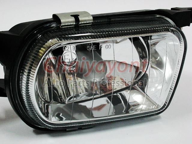 ประดับยนต์ชุดแต่งรถ RH ไฟตัดหมอก Clear Type รถเบนซ์ Mercedes-Benz W203 ปี 2006 C180 C200 C220 C240 C 1