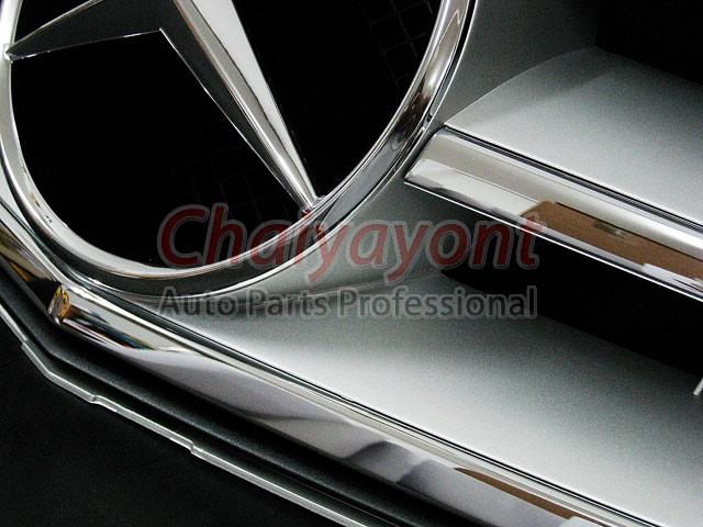 ประดับยนต์ชุดแต่งรถกระจังหน้าสปอร์ตสีเทารถเบนซ์ W204 รุ่น Avantgarde C200 C220 C320 C180 C230 1