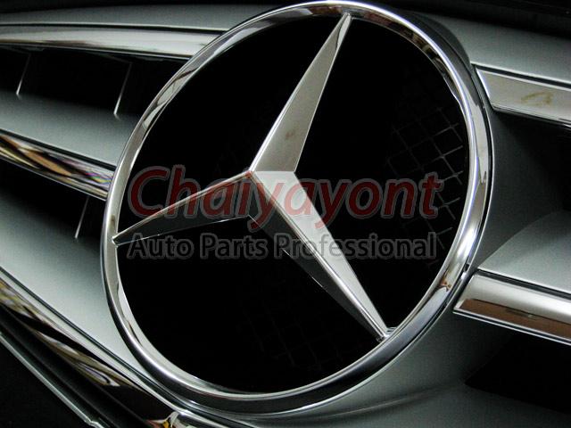 ประดับยนต์ชุดแต่งรถกระจังหน้าสปอร์ตสีเทารถเบนซ์ W204 รุ่น Avantgarde C200 C220 C320 C180 C230 5