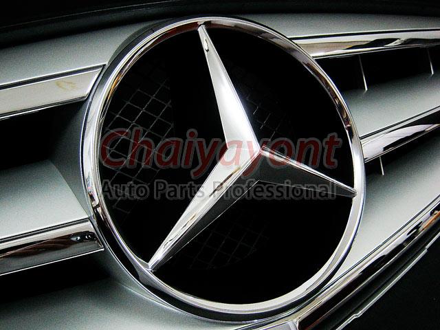ประดับยนต์ชุดแต่งรถกระจังหน้าสปอร์ตสีเทารถเบนซ์ W204 รุ่น Avantgarde C200 C220 C320 C180 C230 11