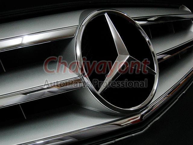 ประดับยนต์ชุดแต่งรถกระจังหน้าสปอร์ตสีเทารถเบนซ์ W204 รุ่น Avantgarde C200 C220 C320 C180 C230 10