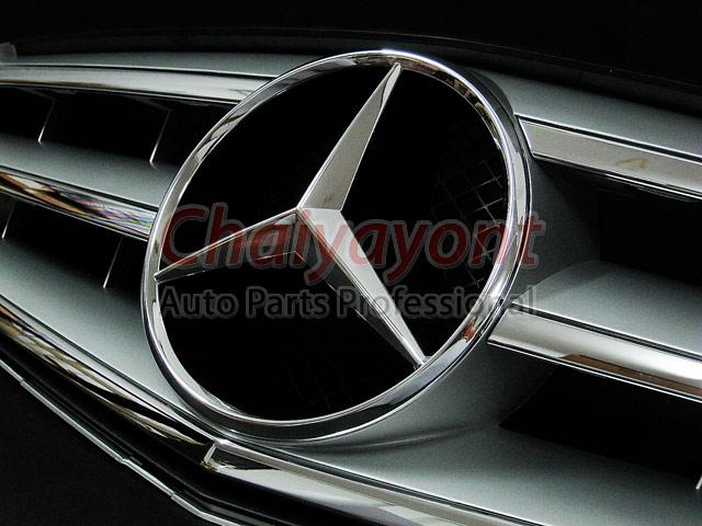 ประดับยนต์ชุดแต่งรถกระจังหน้าสปอร์ตสีเทารถเบนซ์ W204 รุ่น Avantgarde C200 C220 C320 C180 C230 12