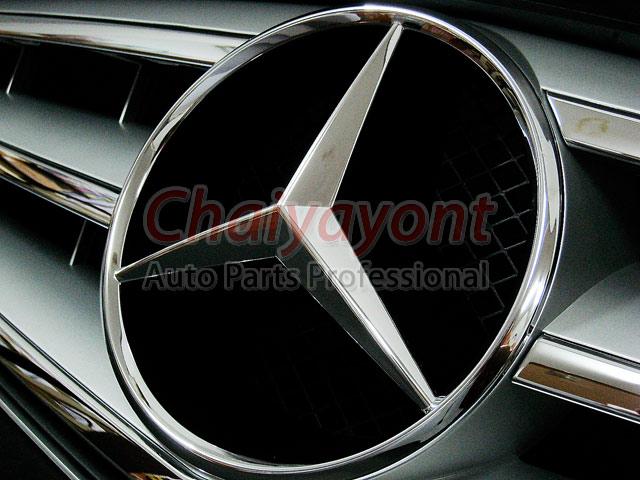 ประดับยนต์ชุดแต่งรถกระจังหน้าสปอร์ตสีเทารถเบนซ์ W204 รุ่น Avantgarde C200 C220 C320 C180 C230 13