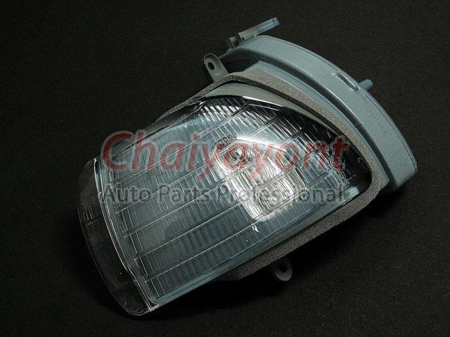 ไฟเลี้ยวกระจกมองข้างขวา Original MB ไฟหรี่มองข้าง รถเบนซ์ Mercedes-Benz W210 E200 E220 E240 CDI Komp 3