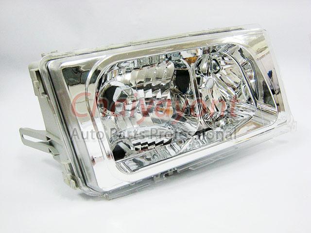 ไฟหน้าคริสตัลใส RH Clear Type White Chrome สำหรับรถเบนซ์ Mercedes-Benz W201190 190D 190E 1.8 2.0 2.3