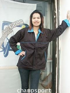 เสื้อแจ็คเก็ตผ้าค้อมทวิวตัดต่อสี