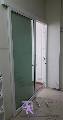 กั้นห้องกระจกอลูมิเนียม