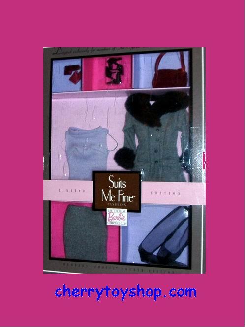 Barbie - Suits Me Fine™ Fashion - Club Exclusives