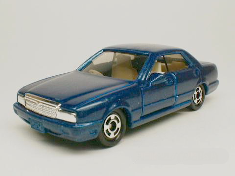 Tomica No#104 NISSAN CIMA  (Red Tomy)