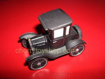 Disney Pixar Cars Lizzie  (LOOSE)