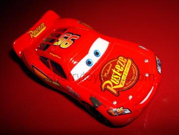 Disney Pixar Cars NEW RUST-EZE LIGHTNING McQUEEN (LOOSE)