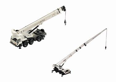 Terex 530 Att Hydraulic Telescoping 3 Axle Crane Truck