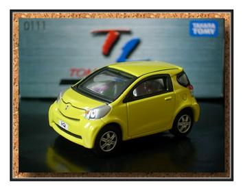 Tomica Limited 111 Toyota iQ