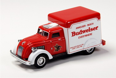 Matchbox 1937 Dodge Airflow (Budweiser) YVT02-M (Limited Edition) (1:43)