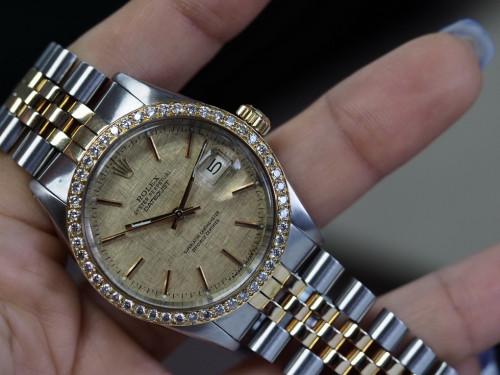 Rolex Date just 16013 ทองลายผ้าเลขขีด ขอบเพชร