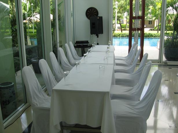 ให้เช่าโต๊ะ ให้เช่าเก้าอี้ จัดประชุม สัมมนา 4