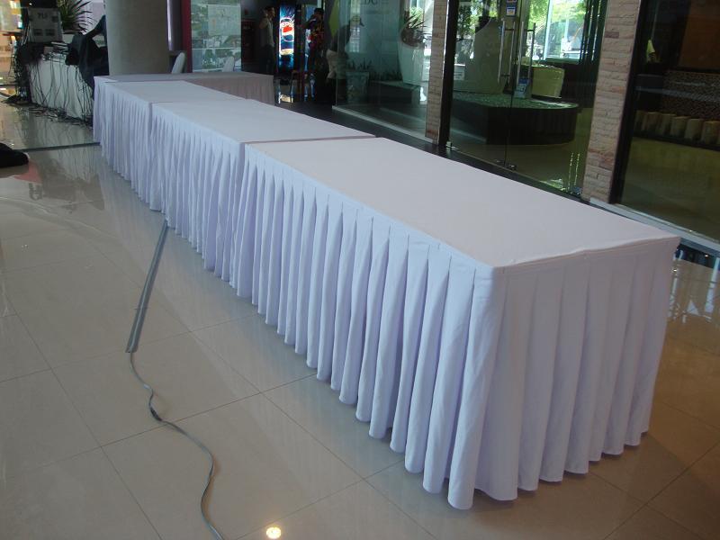 ให้เช่าโต๊ะ ให้เช่าแบบคลุมผ้า ติดสเกิร์ต 2