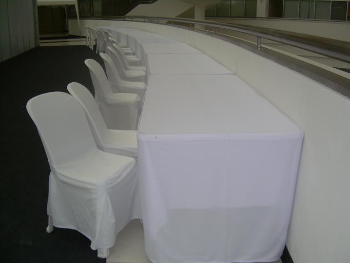 ให้เช่าโต๊ะ ให้เช่าแบบคลุมผ้า ติดสเกิร์ต 21