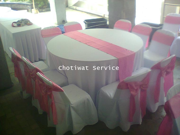 ให้เช่าโต๊ะจีนเช่าโต๊ะจีน เก้าอี้พลาสติกคลุมผ้า ผูกโบว์สีชมพู 3