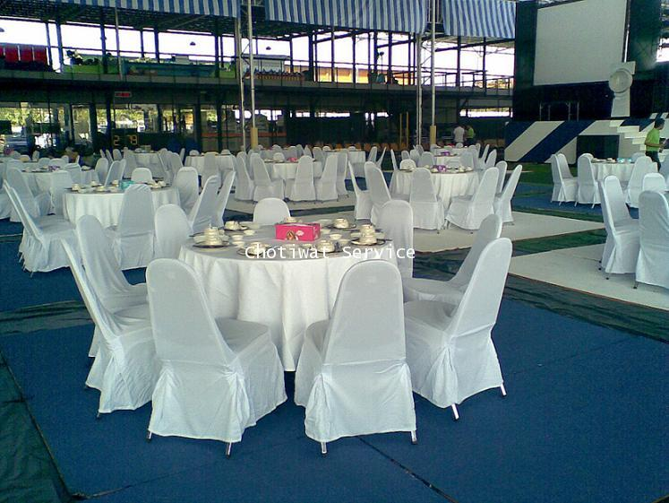 เช่าโต๊ะจีน ให้เช่าโต๊ะจีน เก้าอี้เบาะนวมคลุมผ้าสีขาว 3