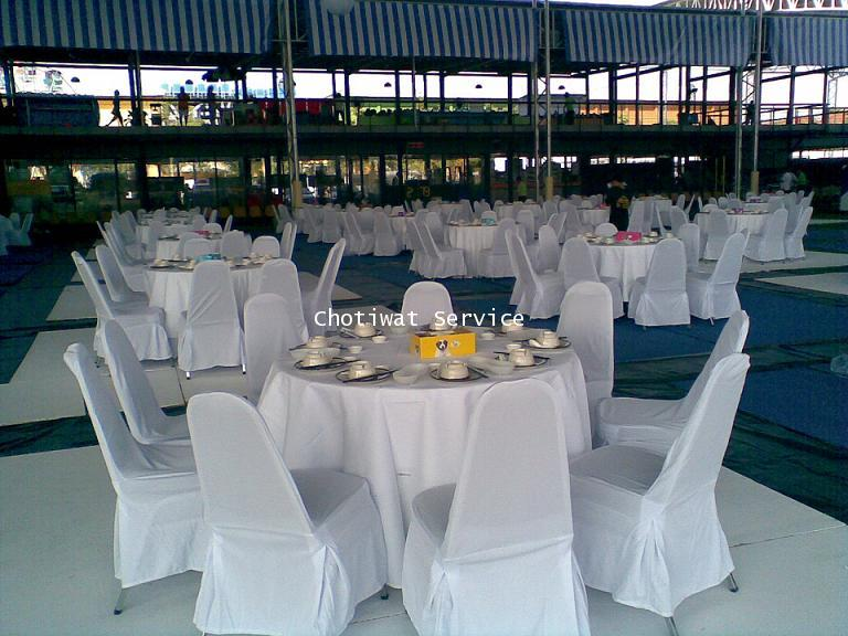 เช่าโต๊ะจีน ให้เช่าโต๊ะจีน เก้าอี้เบาะนวมคลุมผ้าสีขาว 4