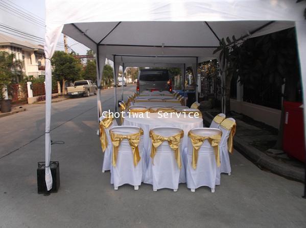เช่าโต๊ะจีน เก้าอี้พลาสติก คลุมผ้าโบว์ทอง ให้เช่าโต๊ะจีน 3