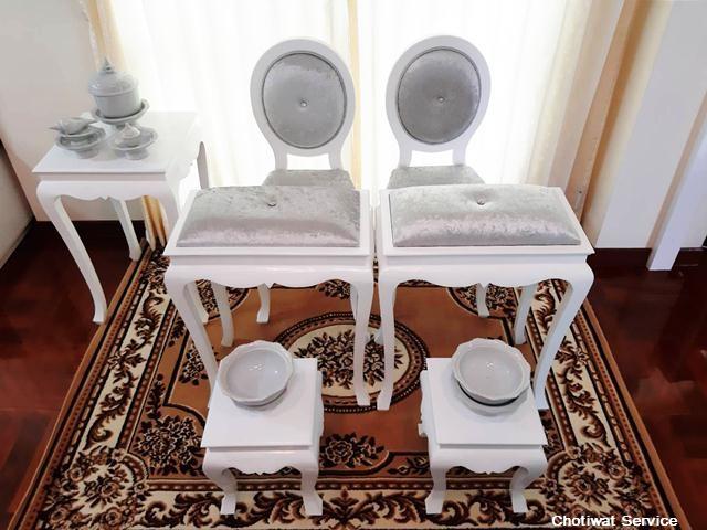 ชุดตั่งรดน้ำสังข์ให้เช่า ให้เช่าตั่งรดน้ำสังข์ สีขาว-เงิน  พร้อมอุปกรณ์ 2