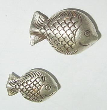 เม็ดประคำเงินแท้ รูปปลา Fish C-2.7