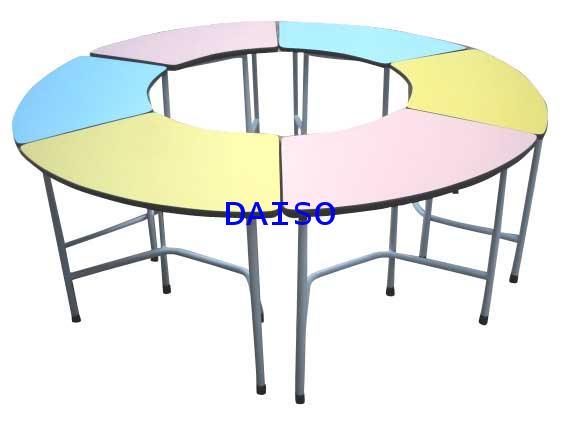 โต๊ะ/โต๊ะทรงเสี้ยวพระจันทร์ สำหรับโรงเรียนอนุบาล, S-96