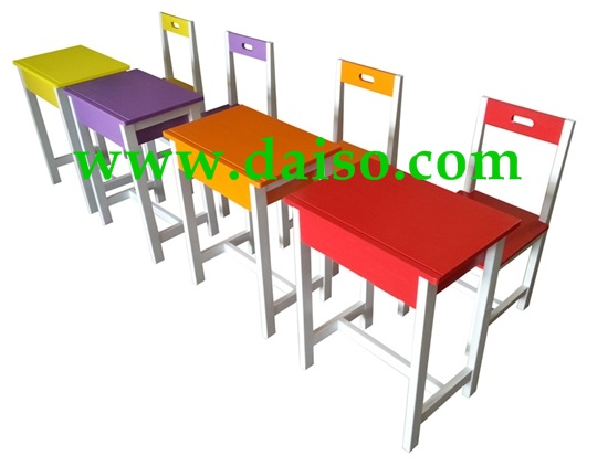 ชุดโต๊ะนักเรียนไม้ยางพารา S-150