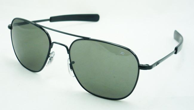 แว่นกันแดด AO Original Pilot /Black Frame /Size 57 mm.
