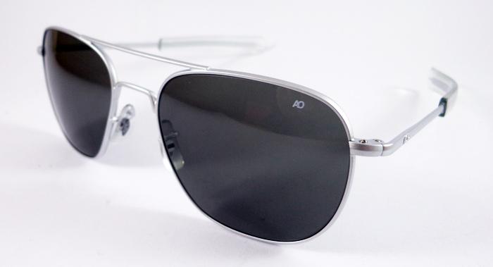 แว่นกันแดด AO Original Pilot /Silver Matt Frame /Size 57 mm.