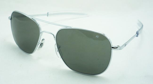 แว่นกันแดด AO Original Pilot /Silver Frame /Size 57 mm.